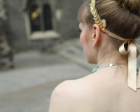 gold_headband_wedding_hairpiece